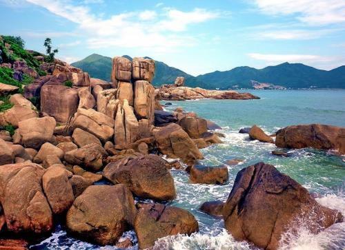 Biển Hòn Chồng Nha Trang